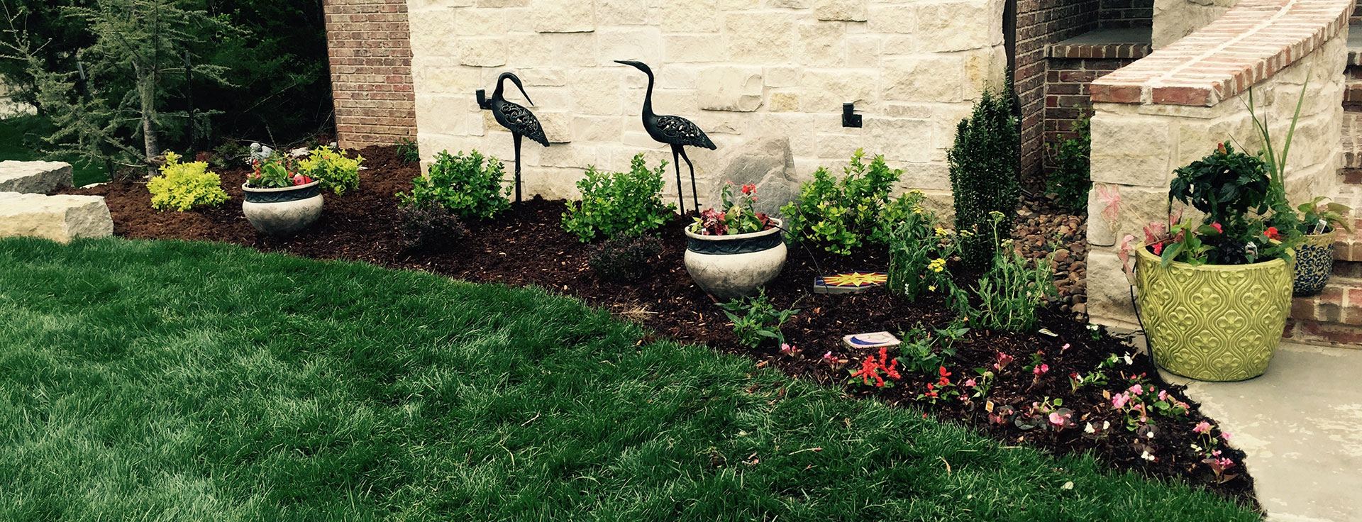 Landscape design daniels lawn and landscaping services for Lawn and garden maintenance