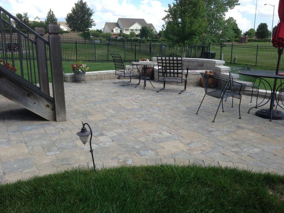 Landscape Construction - Hardscapes - Outdoor Kitchen