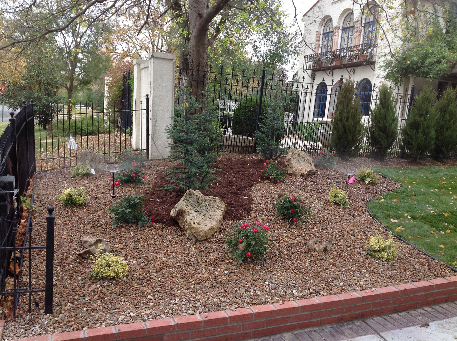 Request estimate daniels lawn and landscaping services for Lawn and garden services
